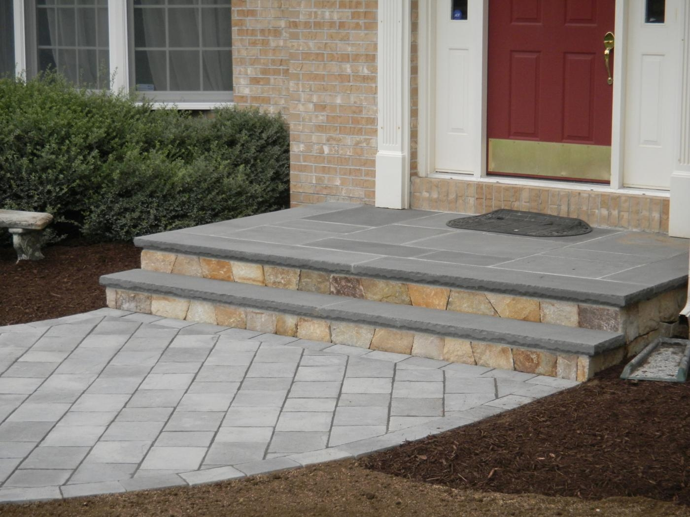 Landscape and masonry contractor trac landscaping in for Blue stone