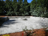 Patio & Wall - Fieldstone in Greyline<br />
