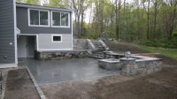 Fire Pit & Wall - NE Fieldstone<br />